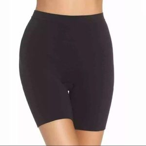 Spanx Size 1X Power Short Mid Thigh Shaper Black